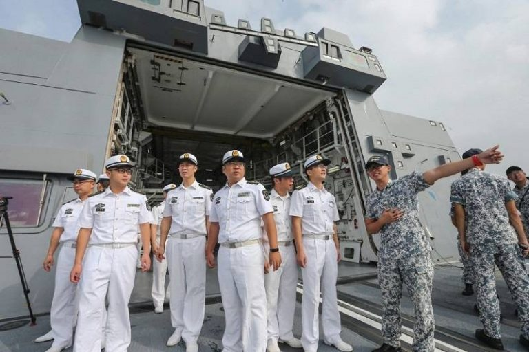 USA sanctions Chinese companies involved in building artificial islands on South China Sea